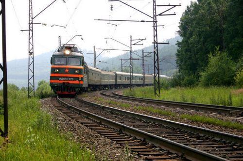 Во вторник вечером, 2 июля, пассажирский поезд Владикавказ - Адлер врезался в сошедший сель на железнодорожном...