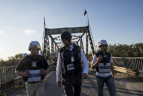 Руководитель Миссии Хуг: Вработе ОБСЕ наДонбассе задействованы 682 человека