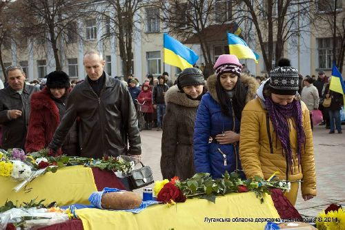 У Старобільську поховали 9 невідомих українських солдатів