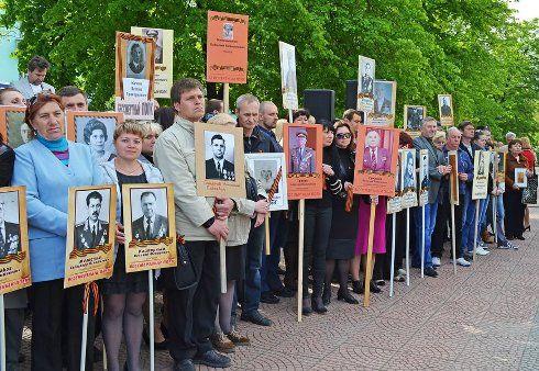 В День Победы в Луганске чествовали ветеранов